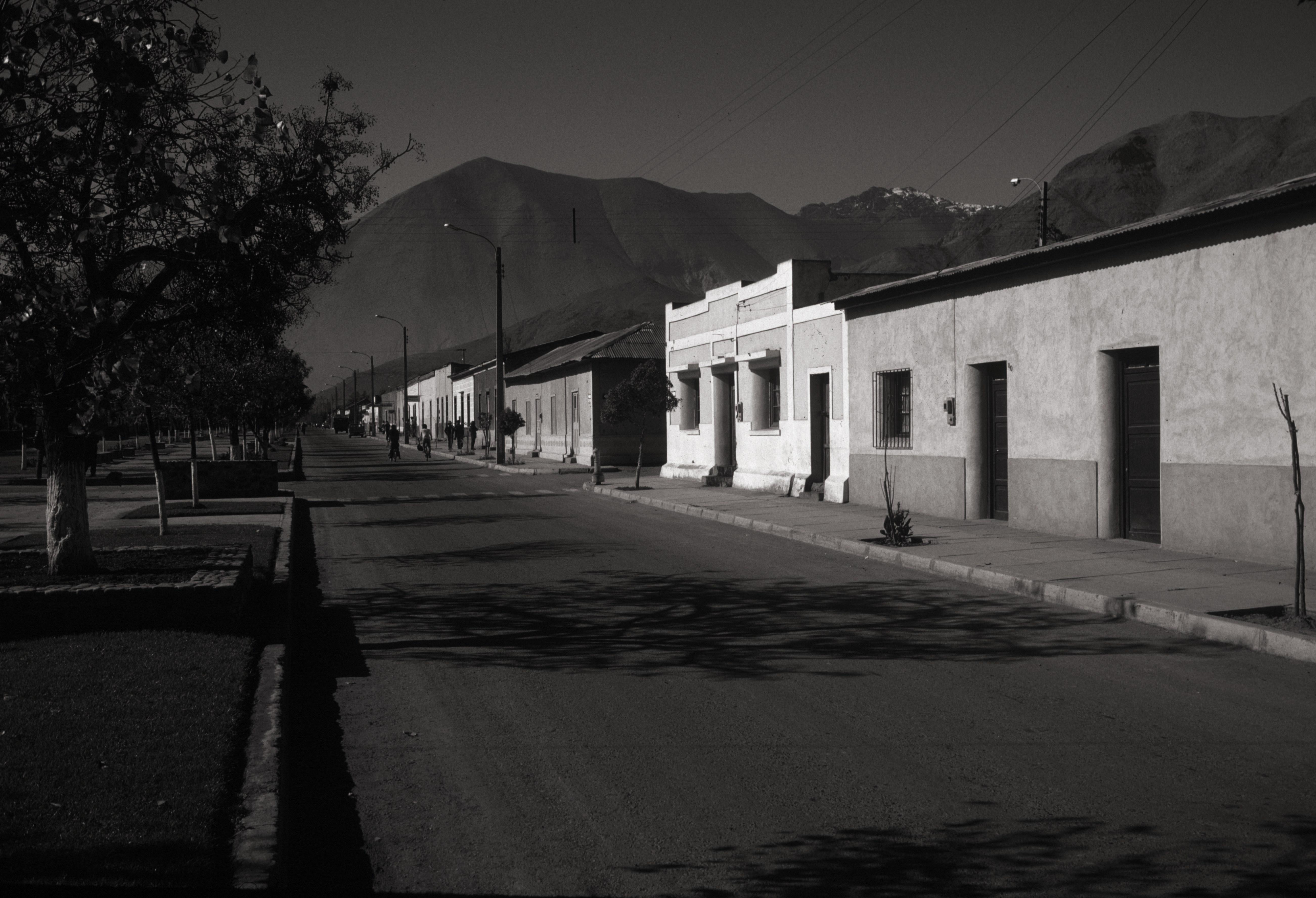 Chile 82 96 BW